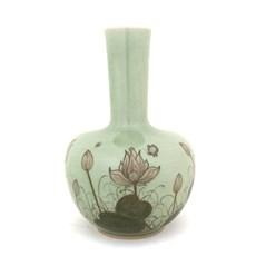 Vase Manchu Lotus