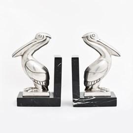 Bookends Pelican
