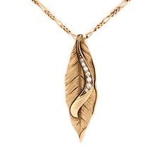 Necklace Golden Leaf