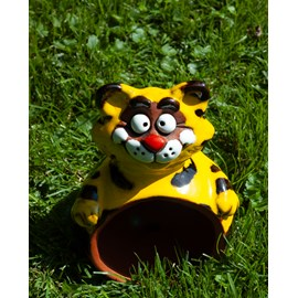 Garden Spehere Cat