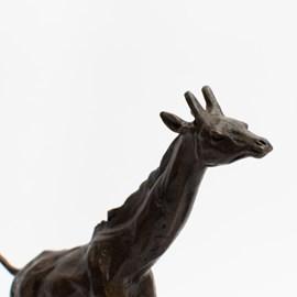 Bronzeskulptur Giraffe at gallop